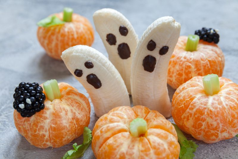 cute Halloween decorations from fruit